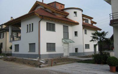 Casa plurifamiliare a Altendorf